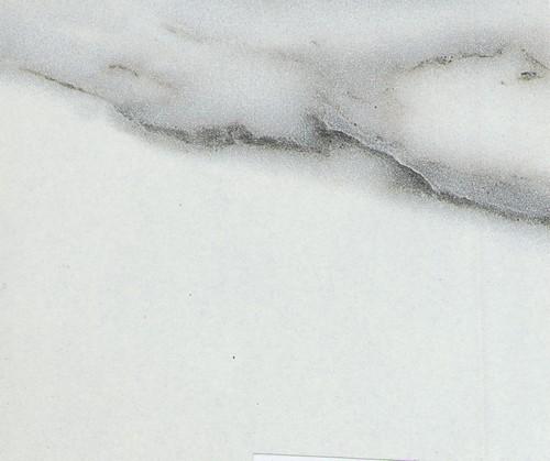 mramor-beliy-glyanec